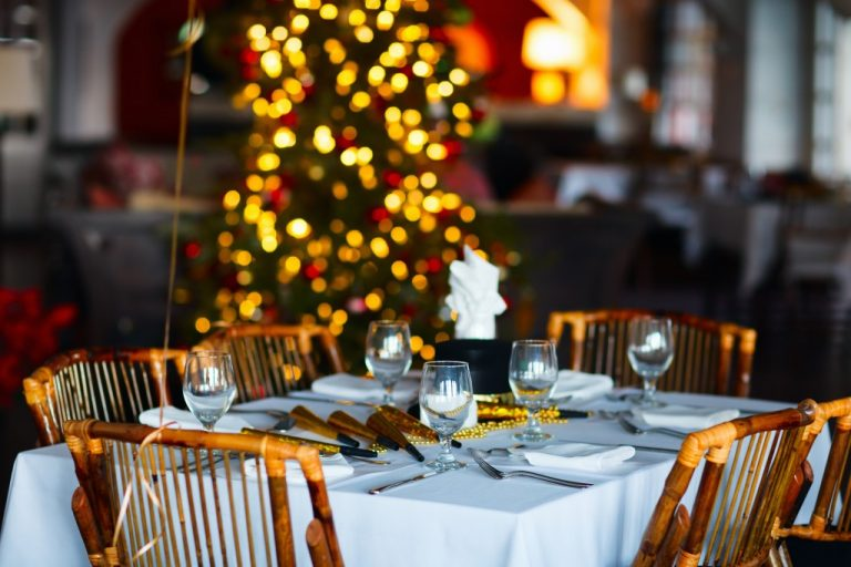 Ten Tips for Holiday Party Outfits